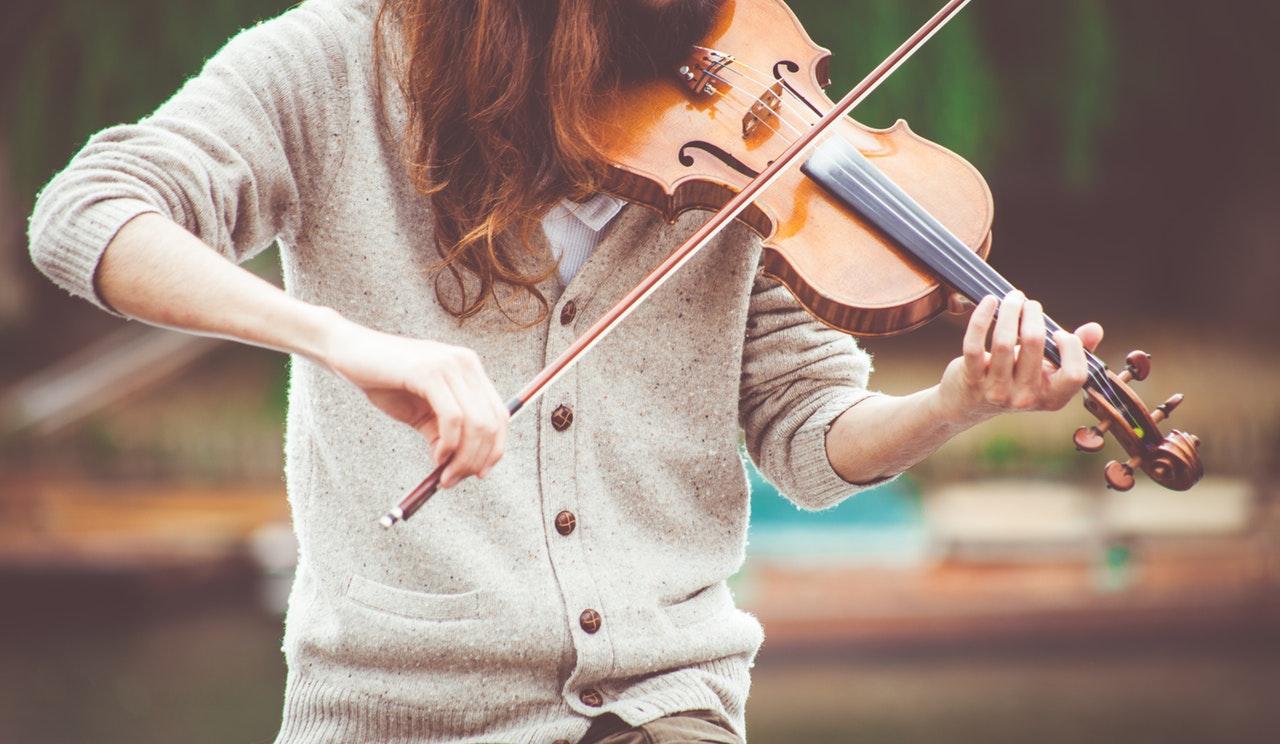 Violin teacher Bath